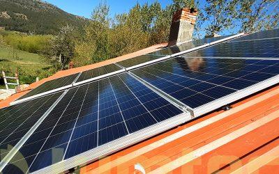 Sistema solar fotovoltaico en Mallin Ahogado