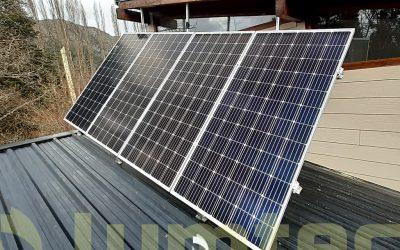 Instalación de sistema solar fotovoltaico de respaldo